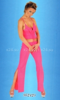 Откровенная ярко-розовая пижамка