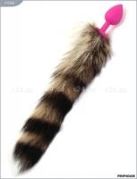 Розовая силиконовая пробочка с полосатым хвостом
