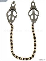 Мощные зажимы для груди с золотистой цепочкой с черными бусинками