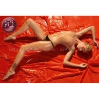 Красная виниловая простынь Orgy Laken