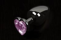 Небольшая графитовая пробочка с розовым кристаллом-сердечком
