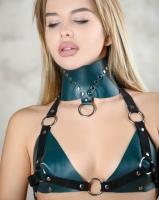 Кожаный широкий ошейник цвета изумруд BDSM Арсенал