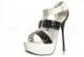 Туфли бело-черные лакированные с заклепками 39